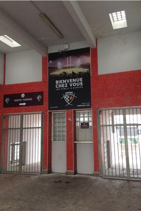 décoration stade Chaban Delmas aux couleur de l'UBB
